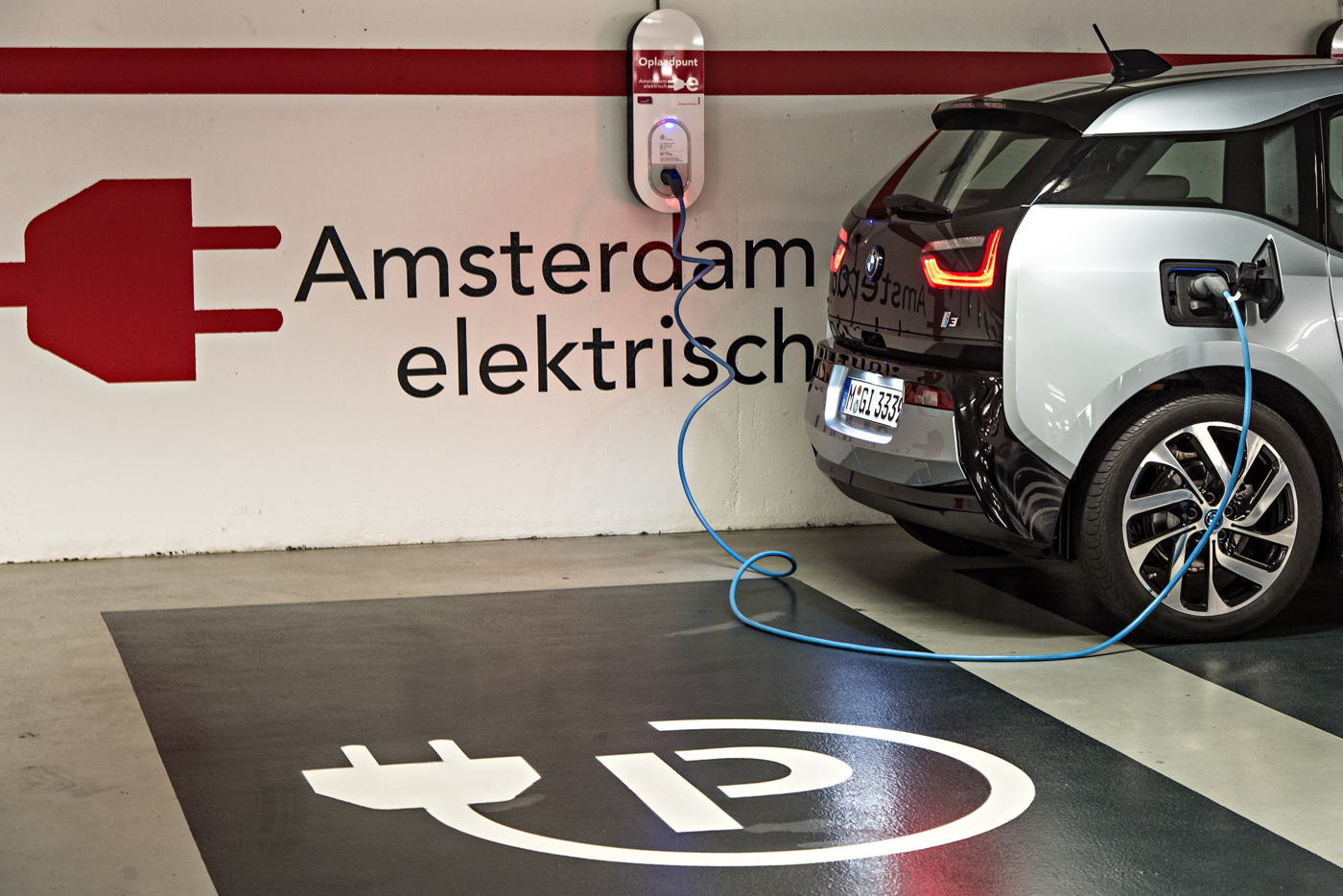 amsterdam-electric-frontpage